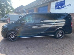 Mercedes-Benz-Vito-1