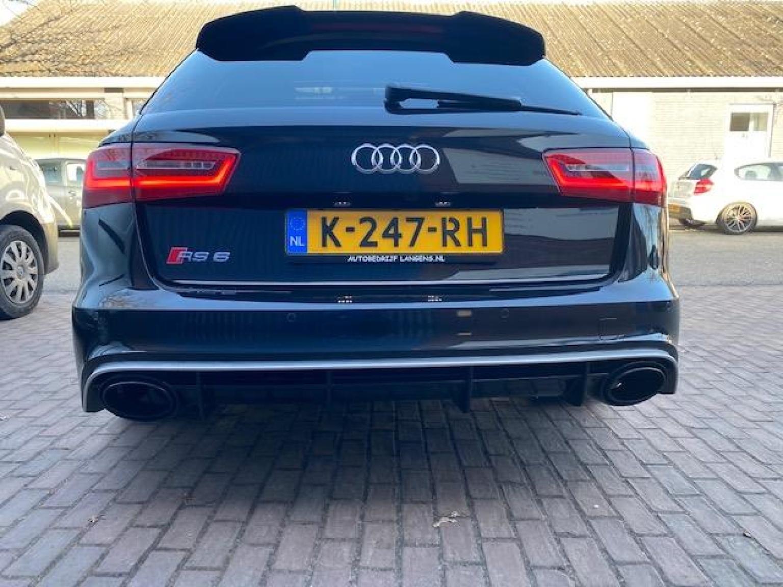 Audi-RS6-18
